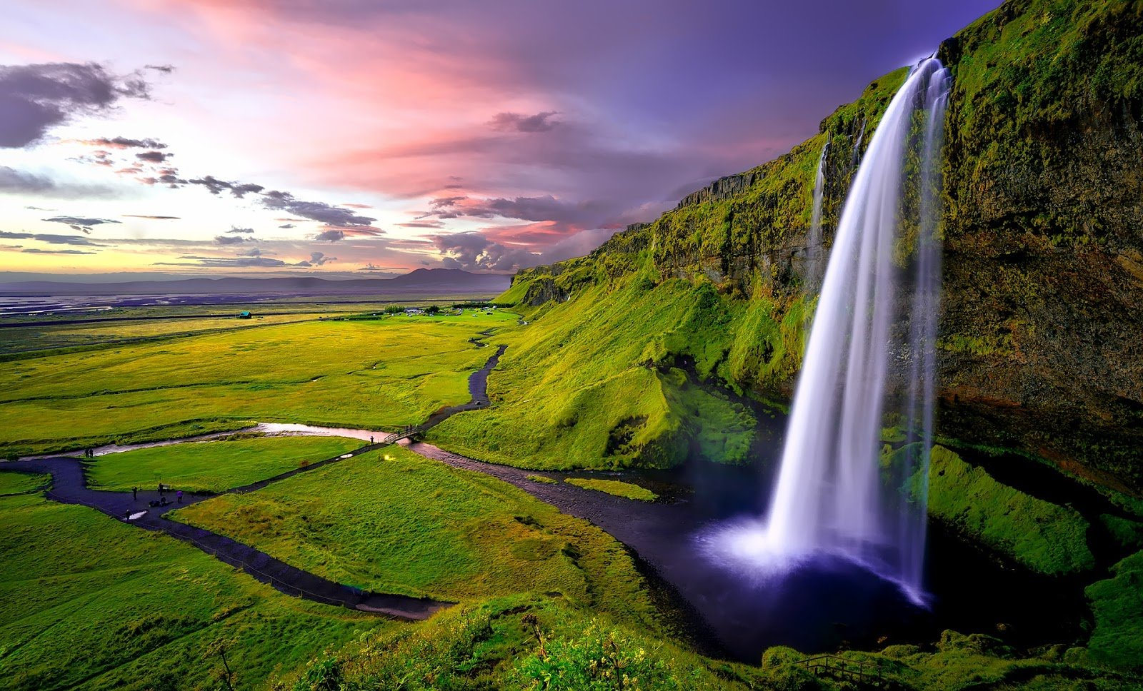 Iceland: digital nomad destination + How to be a digital nomad