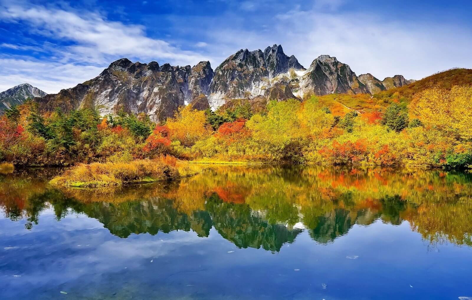 mountainous landscape 2413571 1920